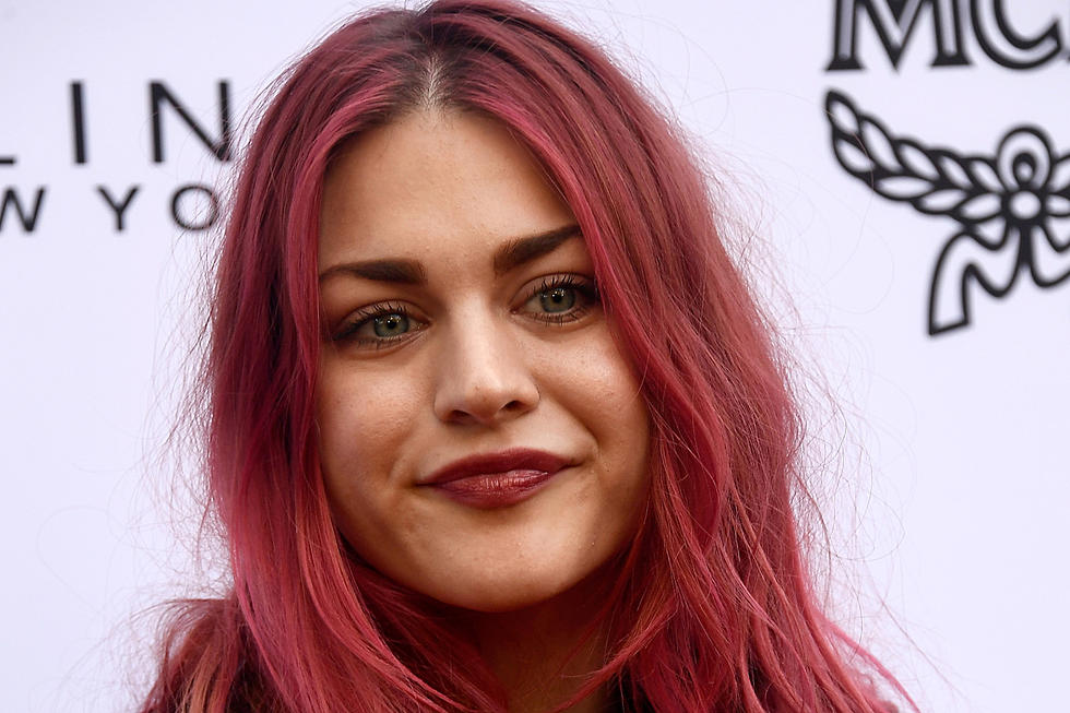 Frances Bean Cobain Releases New Song Clip