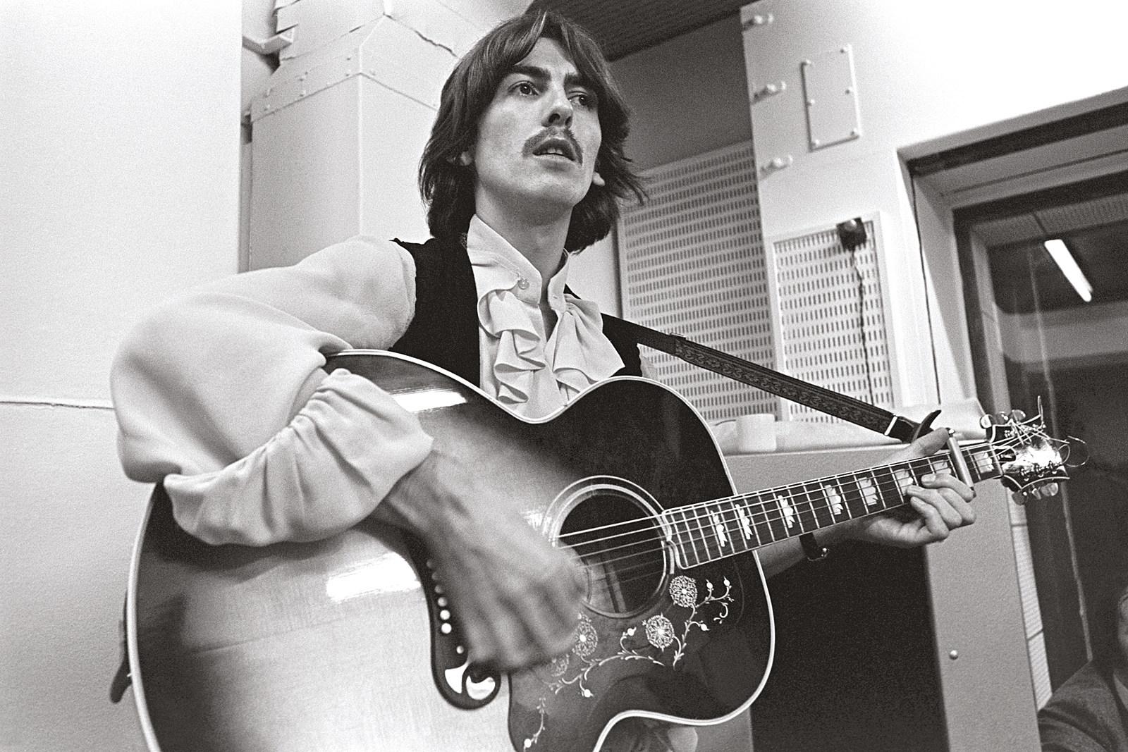 How the Beatles' 'Esher Demos' Enhance the White Album