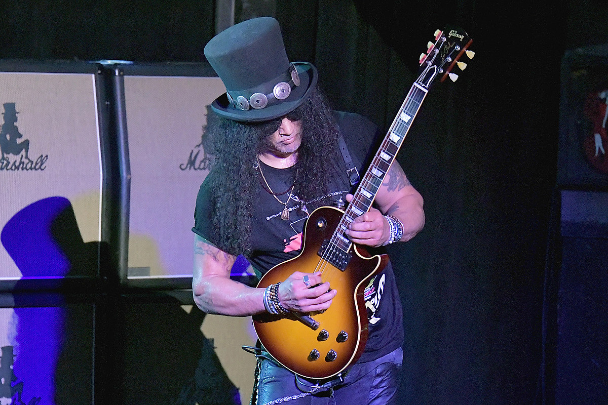 Slash Says Guns N' Roses 'Not Sure' How to Release New Music