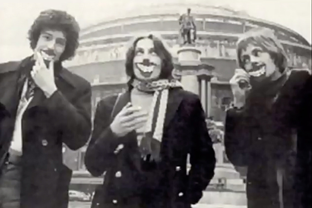 Early Queen before Queen was even formed Look at Roger Brian