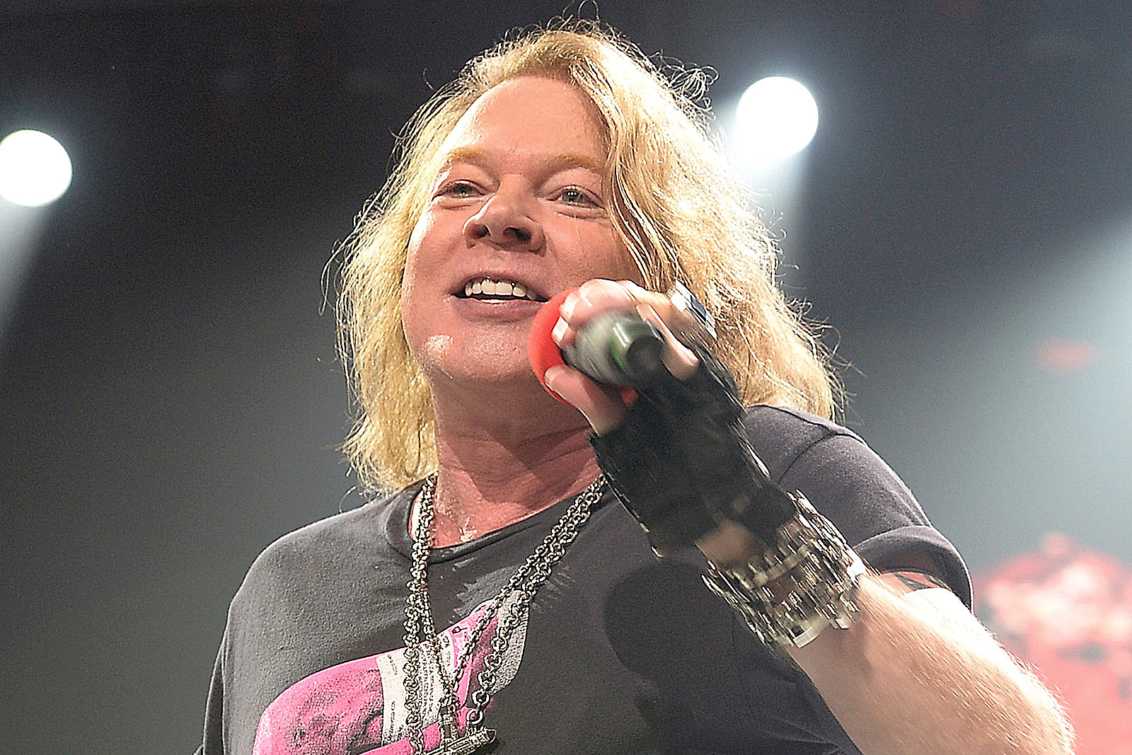 Axl Rose Felt 'Lame' Telling the Crowd He Was Sick