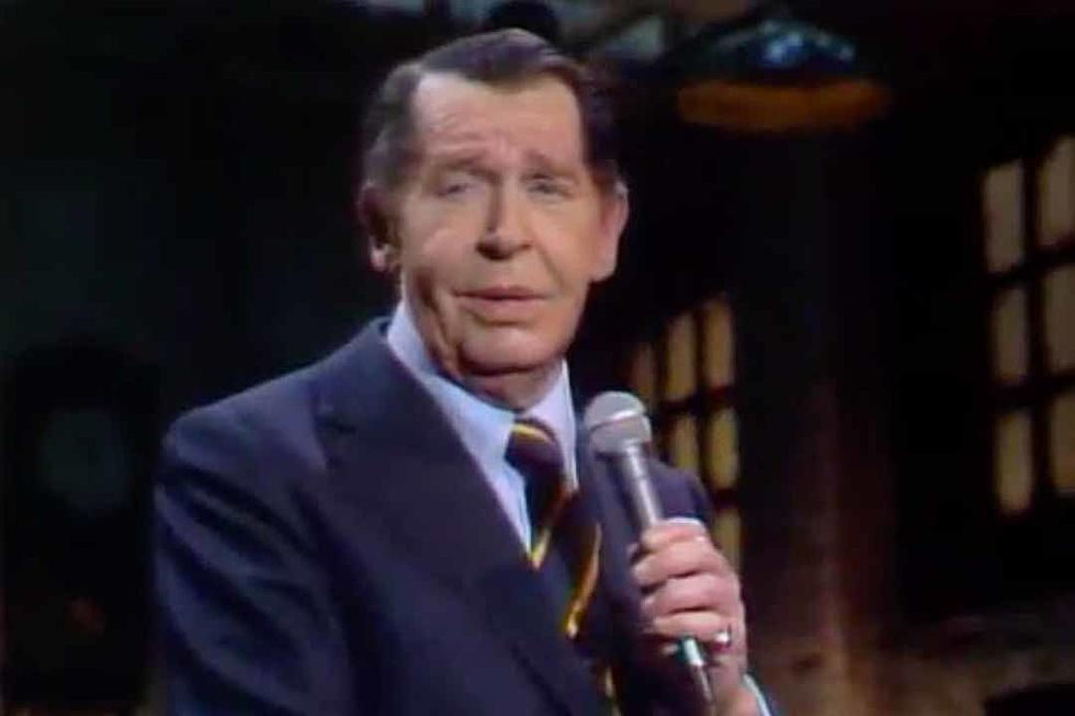 Snl Christmas Special 2019.40 Years Ago Milton Berle Gets Banned From Saturday Night