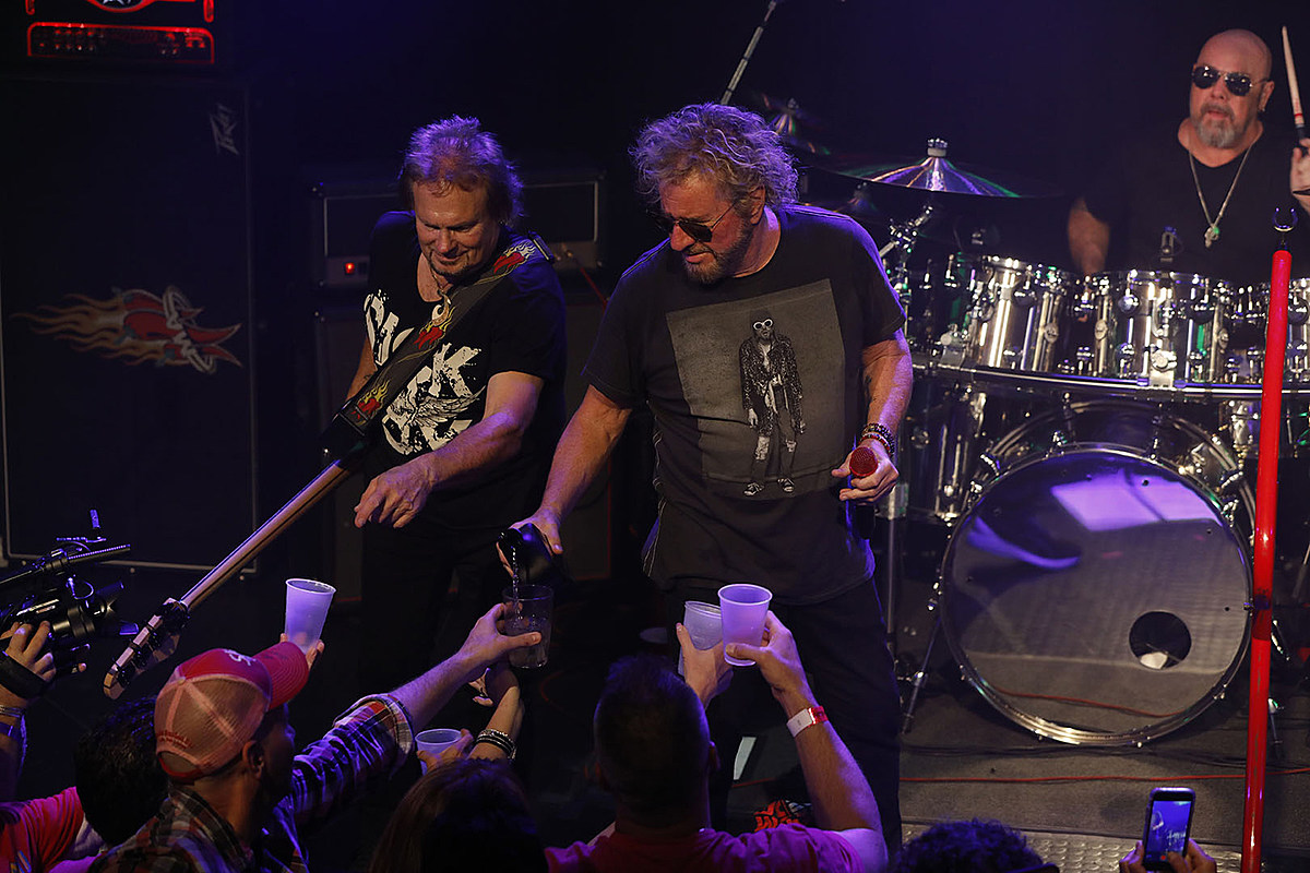 sammy hagar and the circle pack the troubadour photos set list. Black Bedroom Furniture Sets. Home Design Ideas