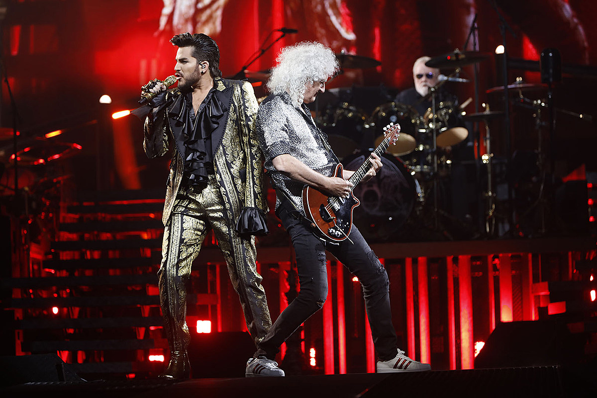 Queen Celebrates Brian May's Birthday at the Forum: Photo Gallery