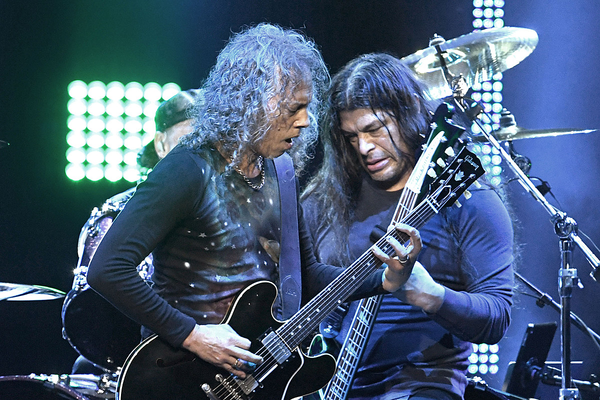 Watch Kirk Hammett and Robert Trujillo in Covers Supergroup
