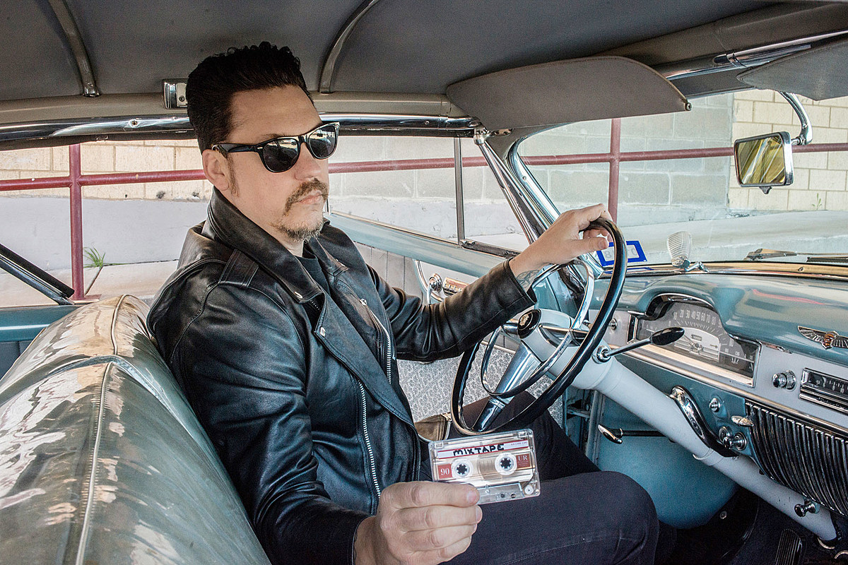 Listen to Jesse Dayton's Cover of AC/DC's 'Whole Lotta Rosie'