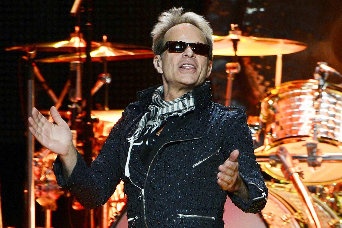 David Lee Roth Says Vegas Residency Won't Be Van Halen Tribute