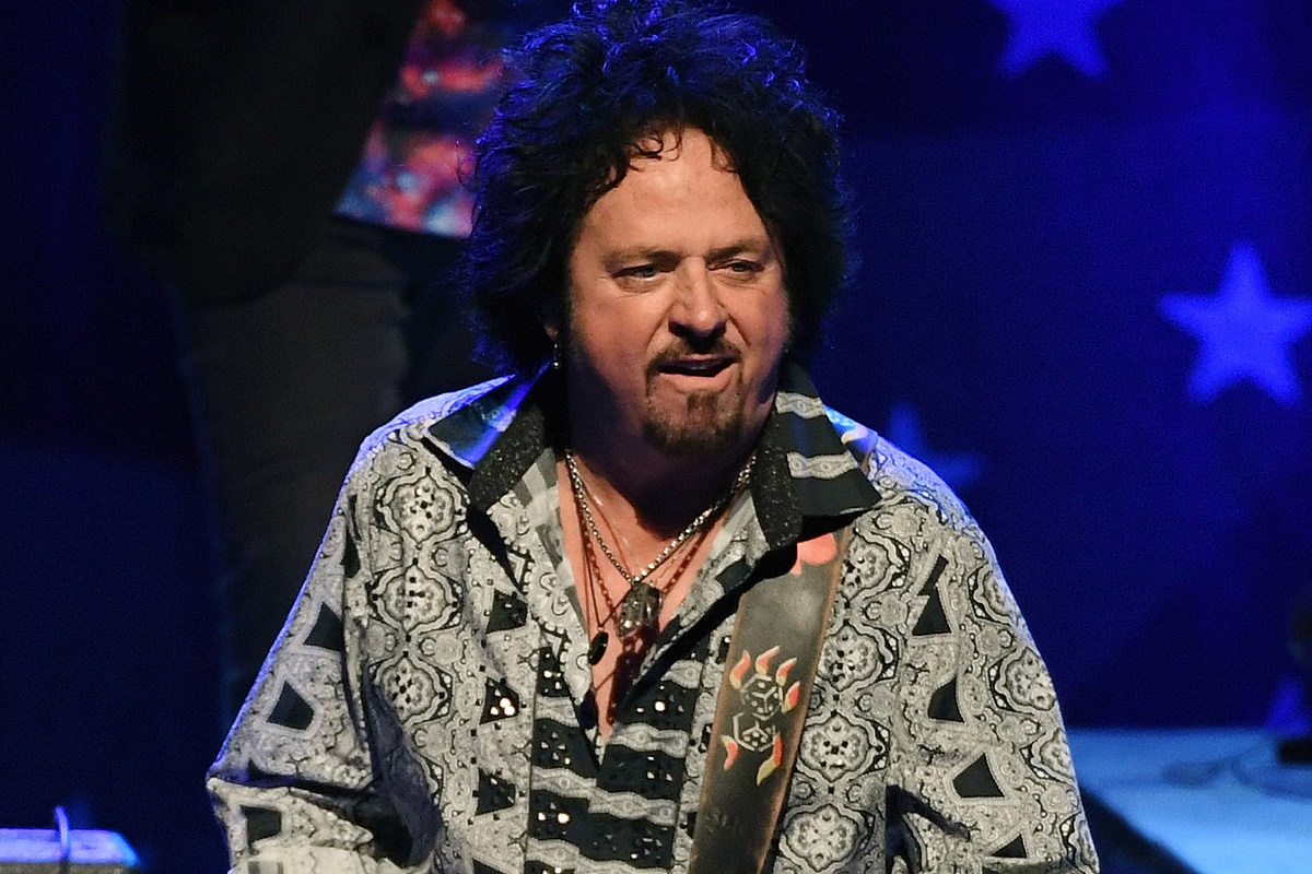 Steve Lukather Says Toto Are 'Calling It a Day'