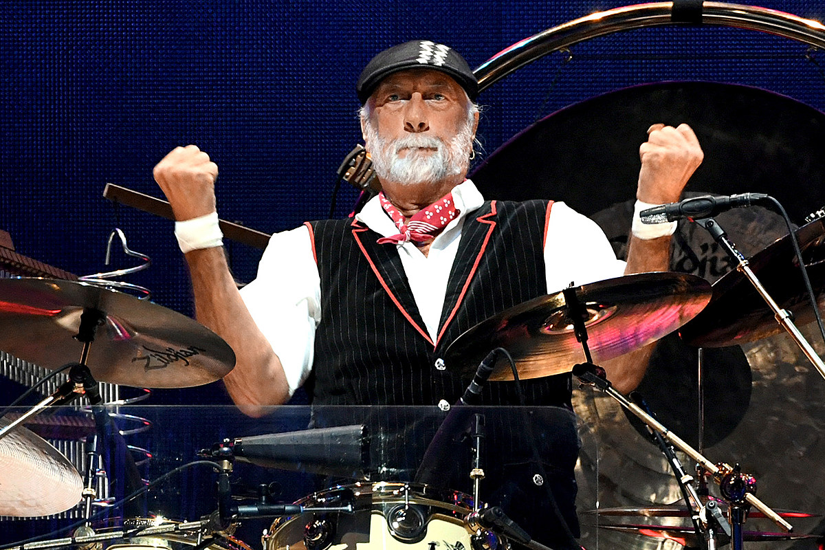Fleetwood Mac 'Don't Really Know' Why They Keep Losing Guitarists
