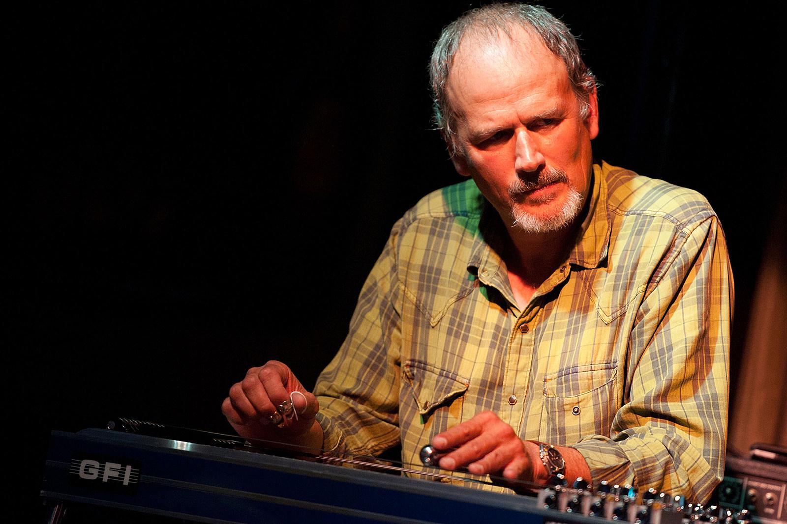 Bucky Baxter, Bob Dylan's Pedal-Steel Guitarist, Dies at 65
