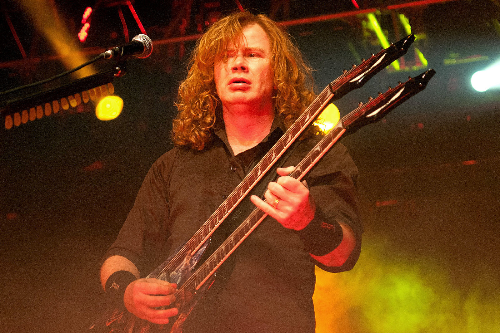 Dave Mustaine Recalls Getting Caught Up in Irish Troubles