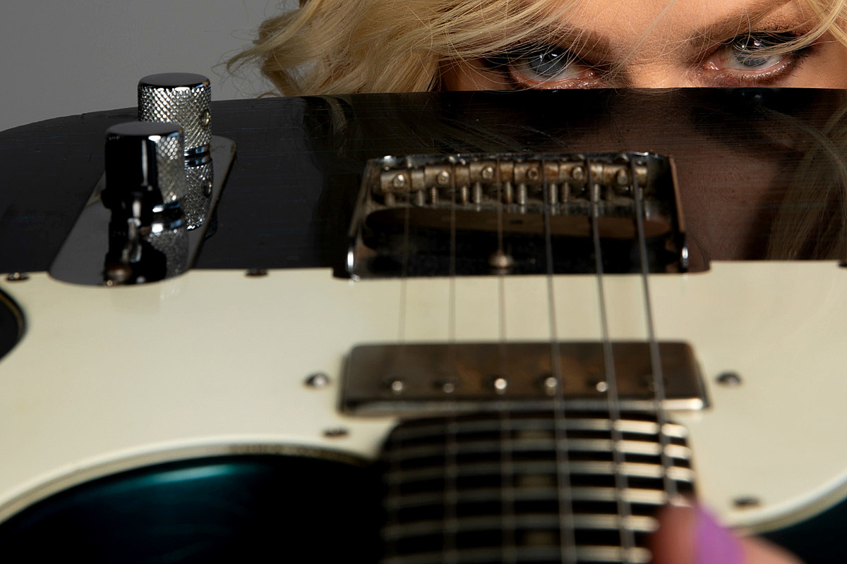 Nancy Wilson Carry On Music Hear Nancy Wilson's Cover of Bruce Springsteen's 'The Rising'
