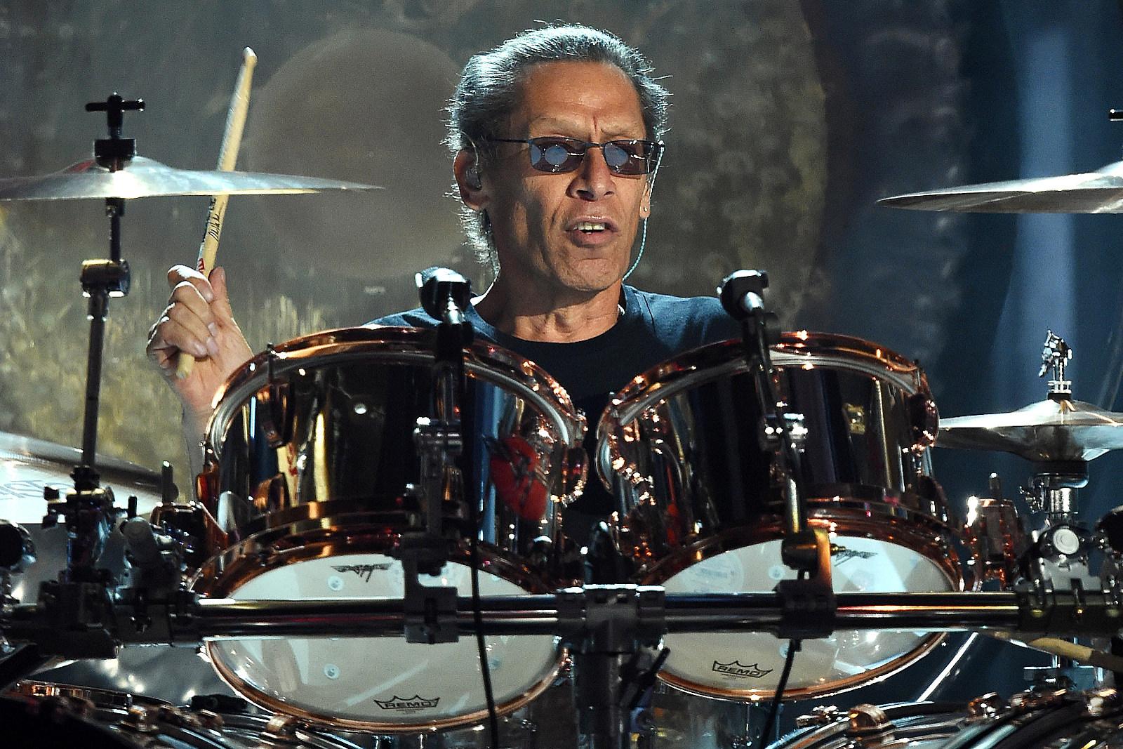 Alex Van Halen Is 'Not in the Business of Bulls---ting' Online