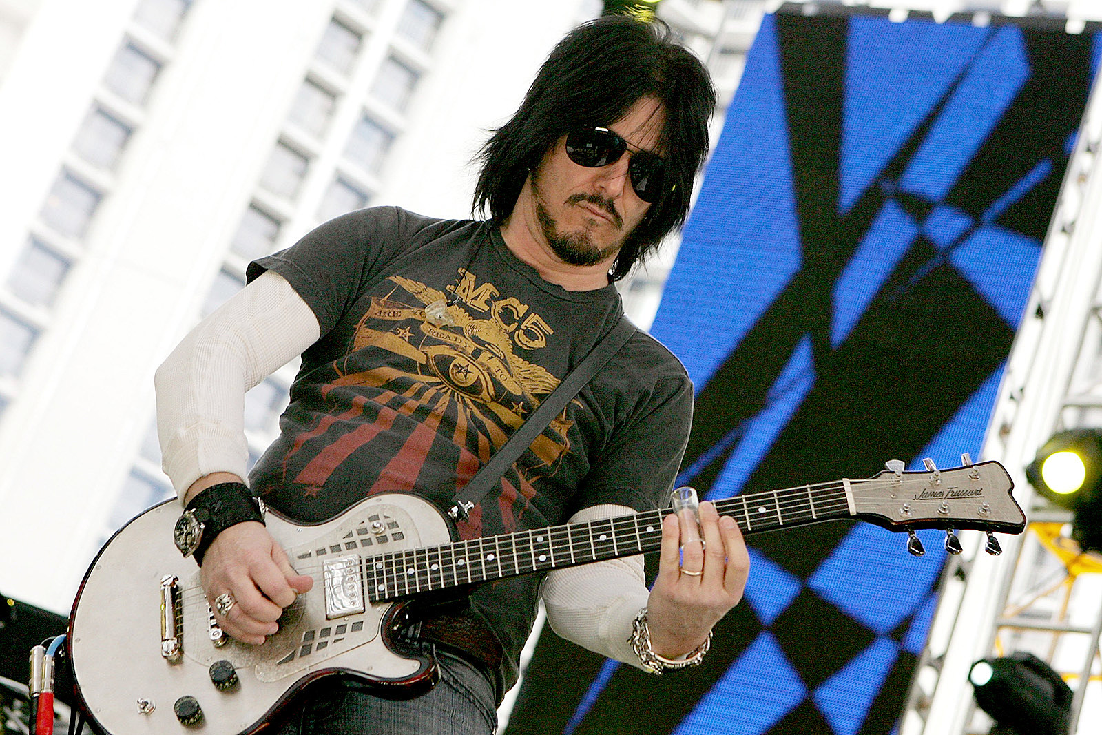 Gilby Clarke Regrets Learning Guns N' Roses Set the Hard Way