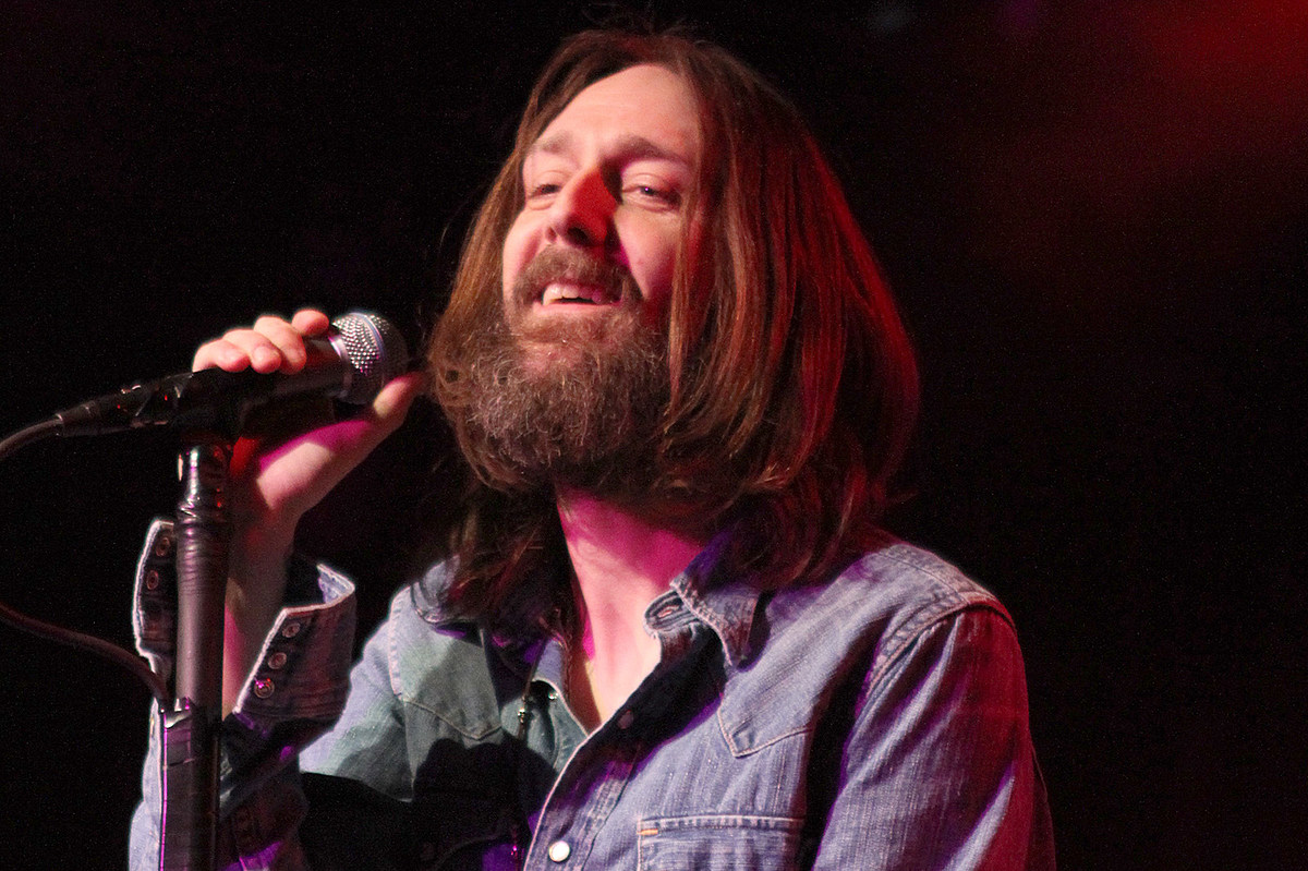 Black Crowes Were Forced to Record Debut Album Clean and Sober