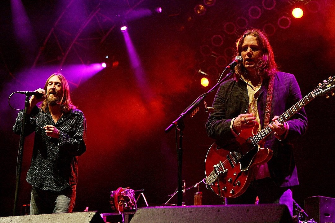 Black Crowes Release 'Brothers of a Feather' Reunion Concert Film