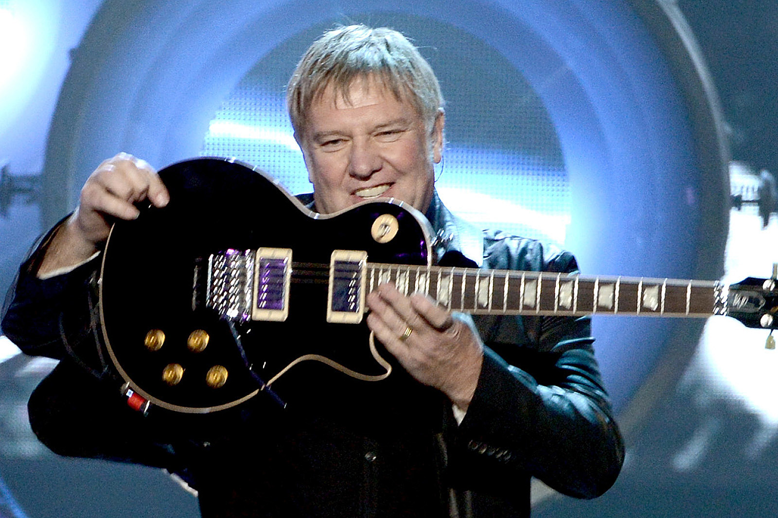 Why Alex Lifeson Got Kicked Out of a Music Store Every Week