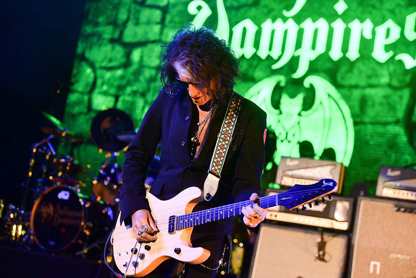Joe Perry Revisits His Guitar Roots: Exclusive Interview
