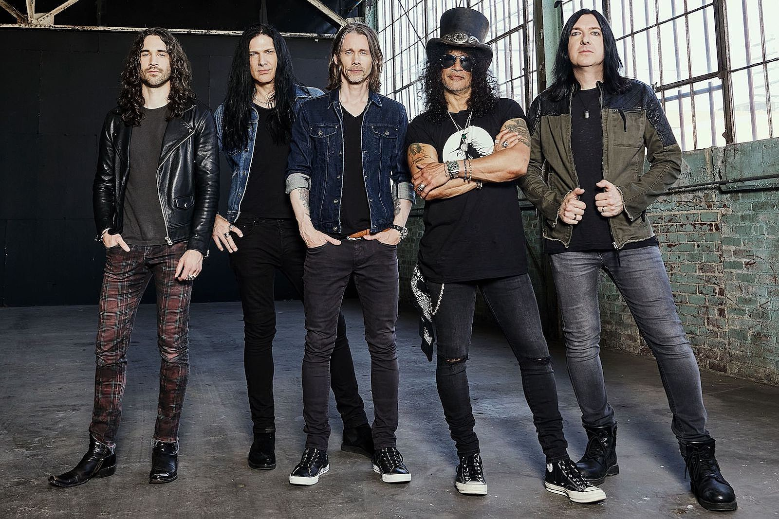 Slash to Release New Album on Gibson Guitar Record Label
