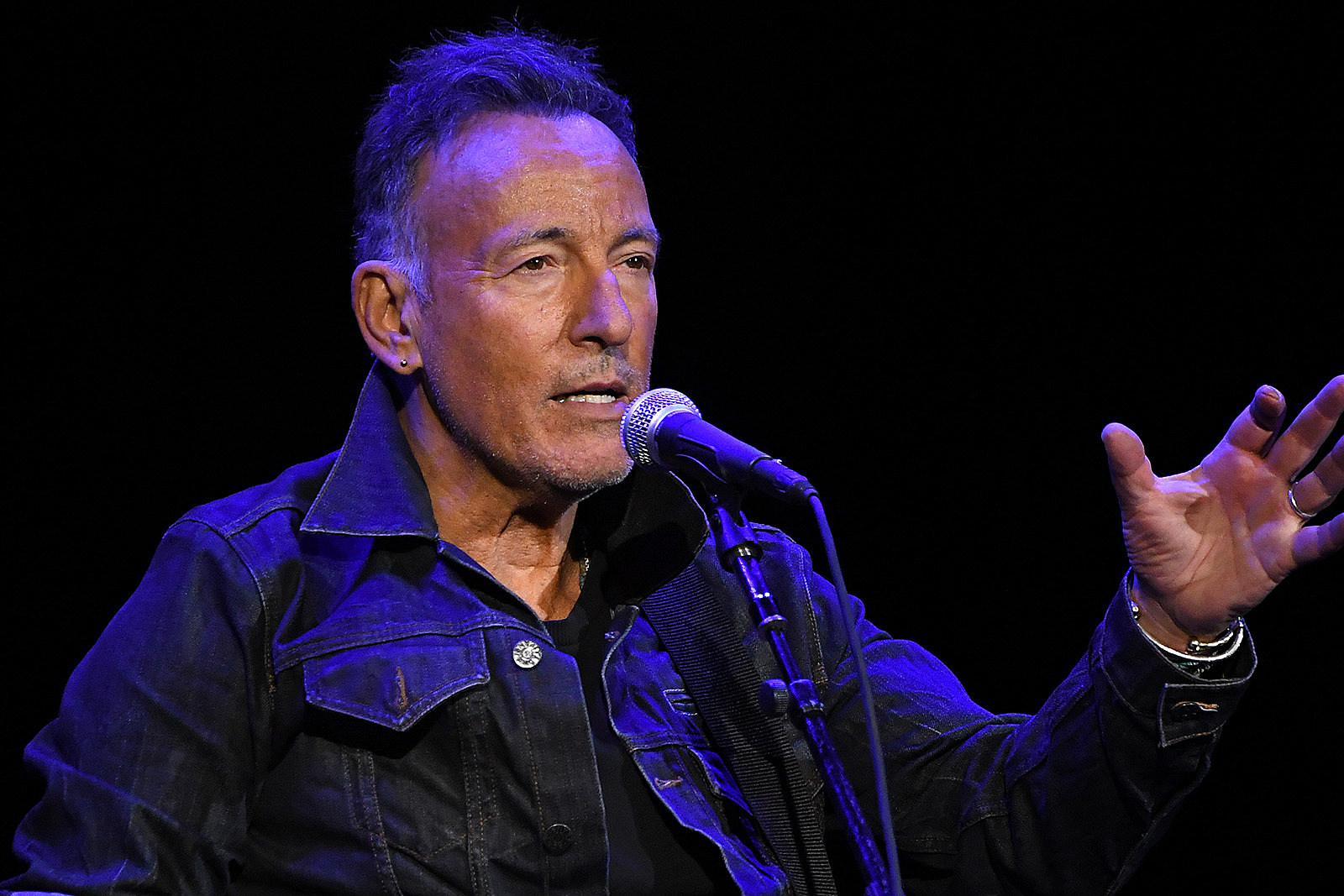When Bruce Springsteen First Heard Himself on the Radio