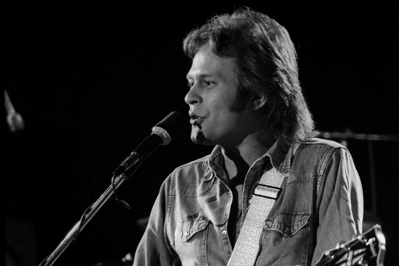 Paul Cotton, Poco Guitarist and Singer, Dies at 78