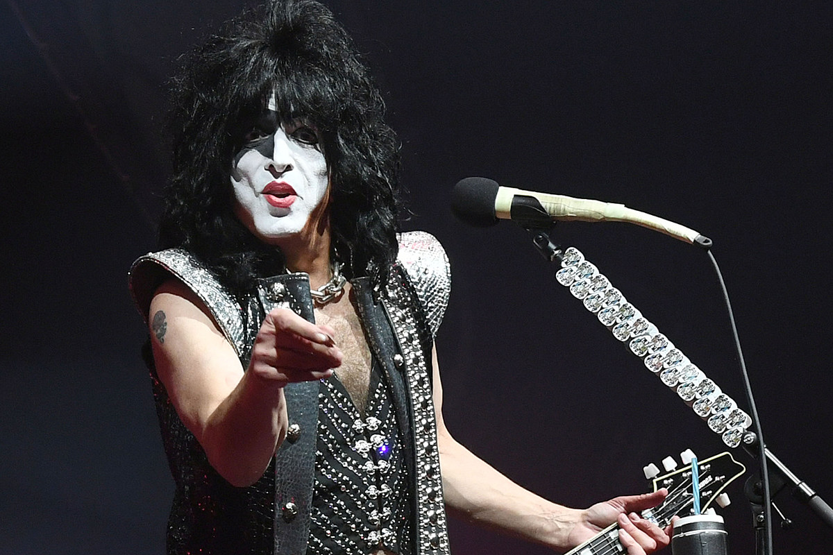 Paul Stanley Tests Positive for COVID, Kiss Postpones Show