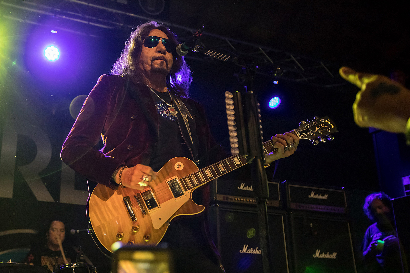 Ace Frehley Launches Fall Tour With Alice Cooper: Set List, Video