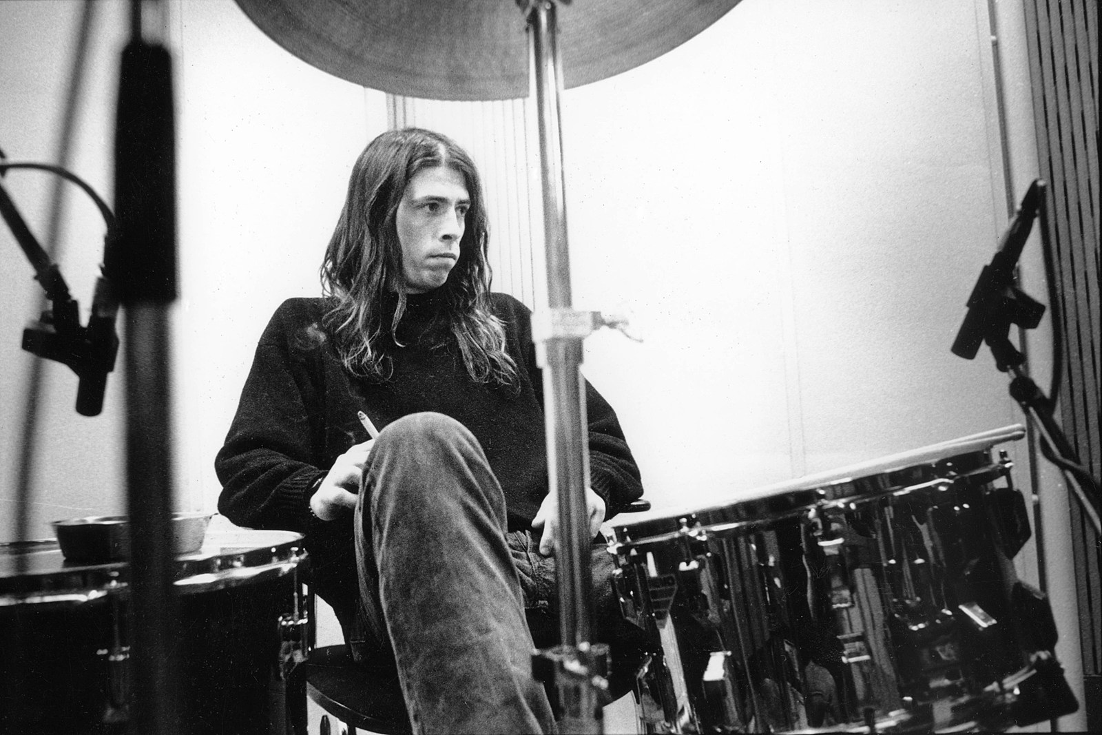 How Dave Grohl Began Getting Over Kurt Cobain's Death