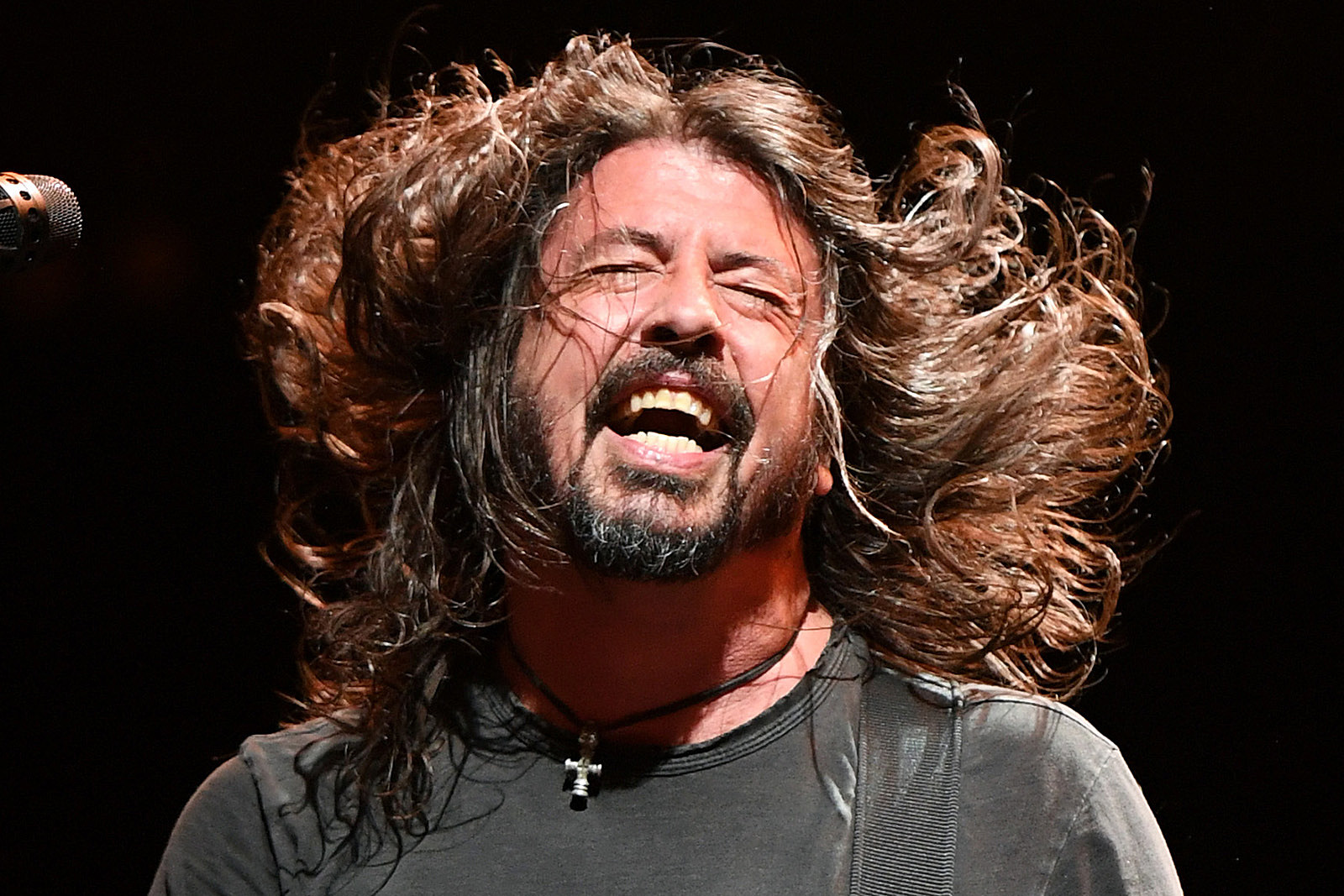 Dave Grohl Upset Dentist by Drumming With His Teeth