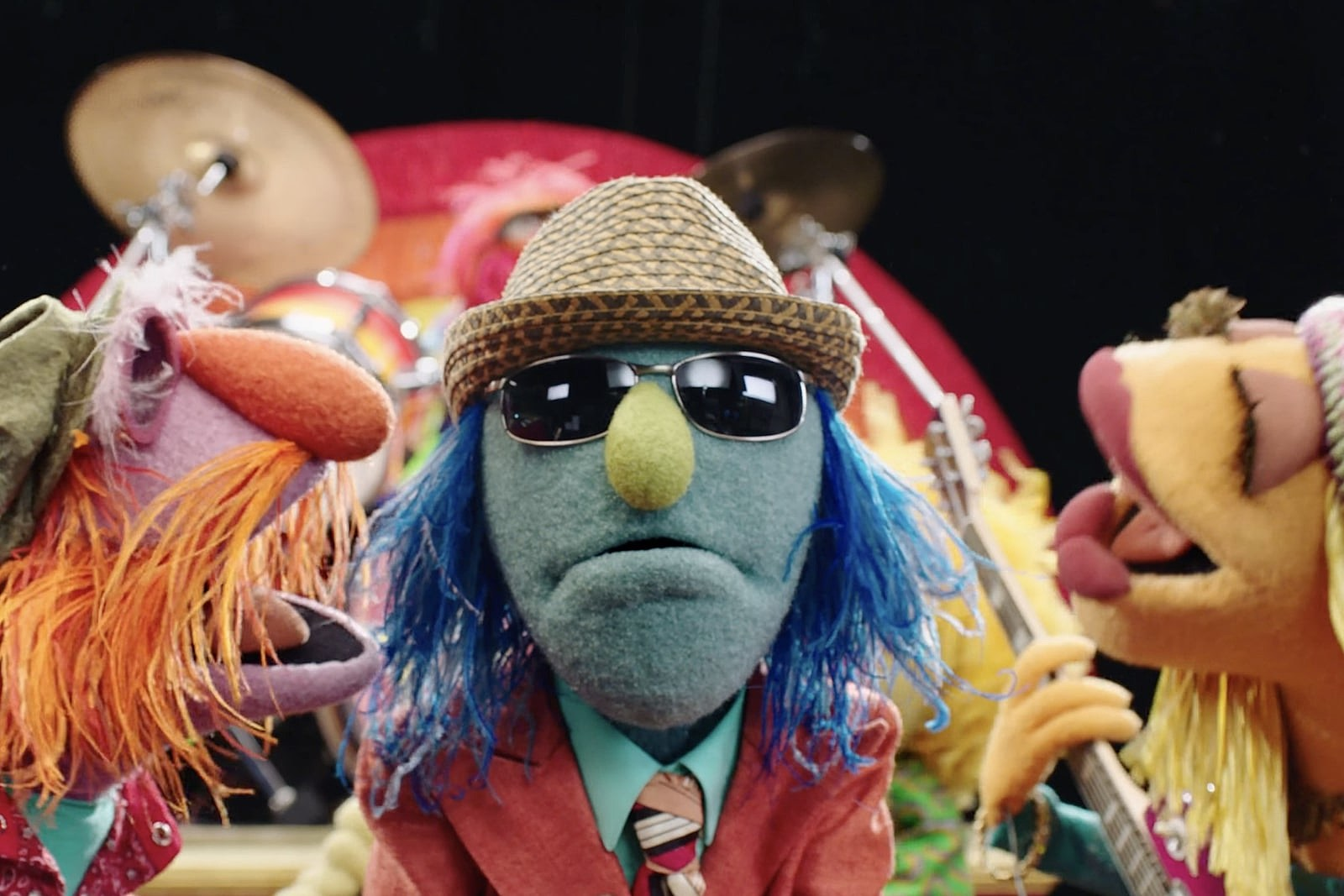 Watch the Muppets Cover Electric Light Orchestra's 'Mr. Blue Sky'