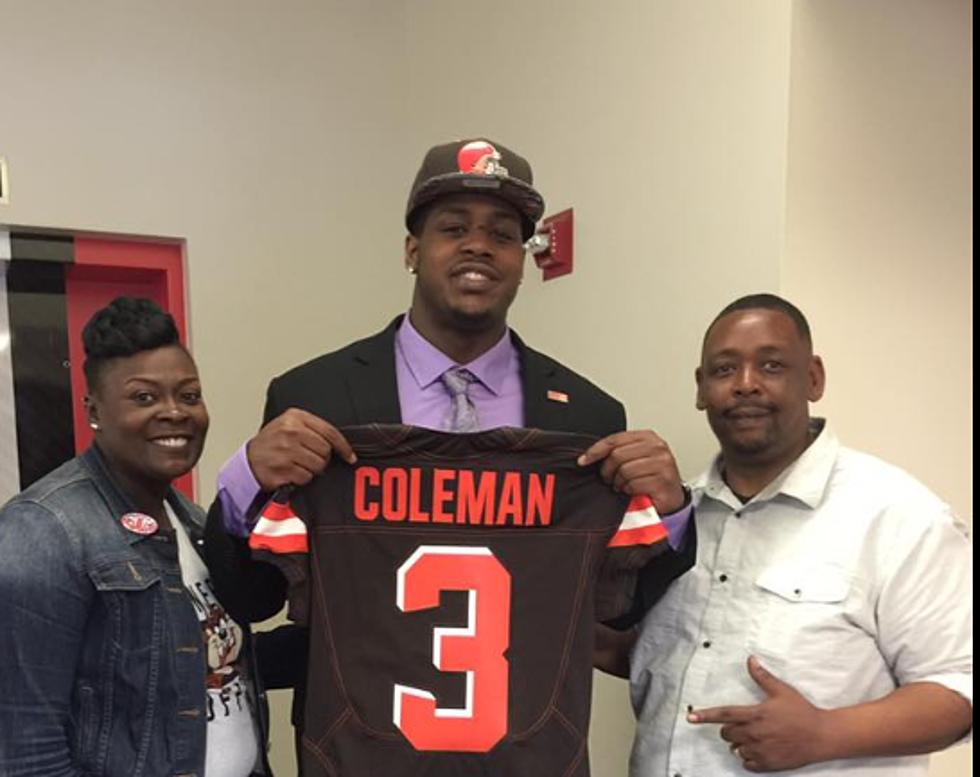 newest e1e5c e4079 Shon Coleman Spends NFL Draft at St Jude Hospital