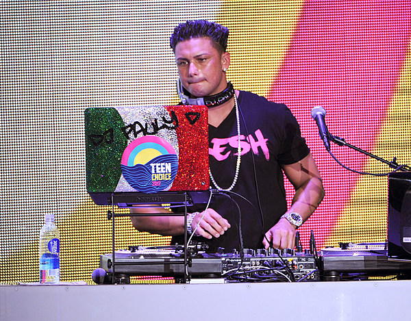 Dj Pauly D Got A New Haircut And Its Actually Not Bad Photo