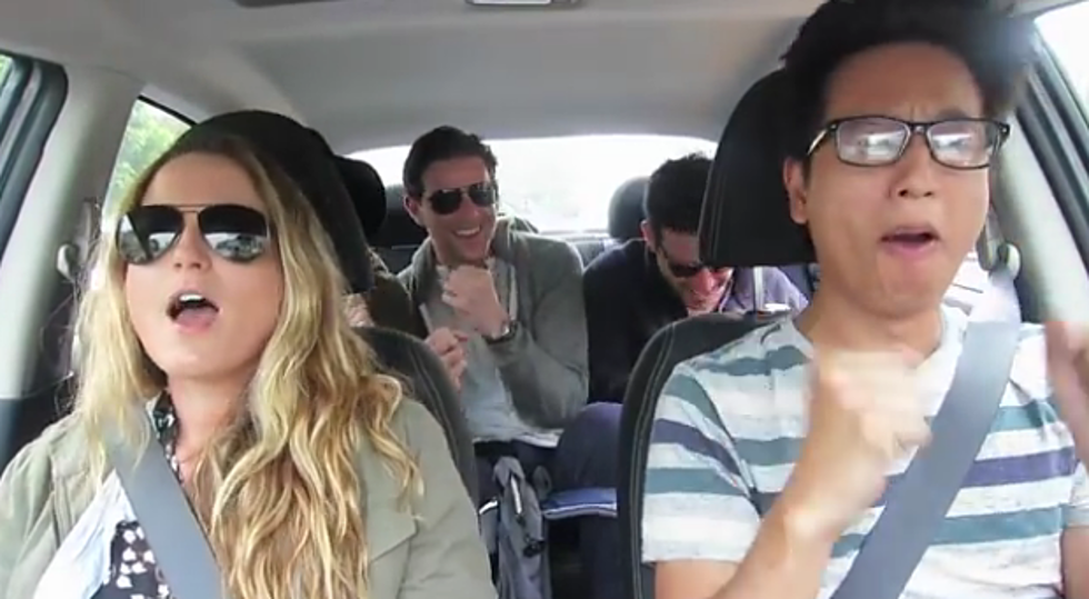 Uber Driver In LA Spends The Day Singing With Passengers