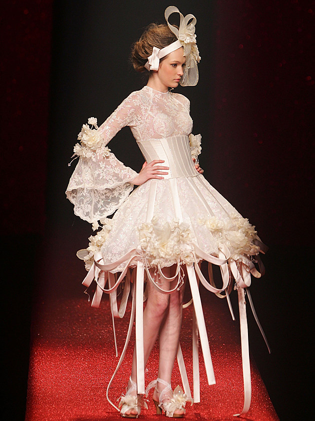 It S Wedding Season Time For The 15 Craziest Wedding Dresses Of