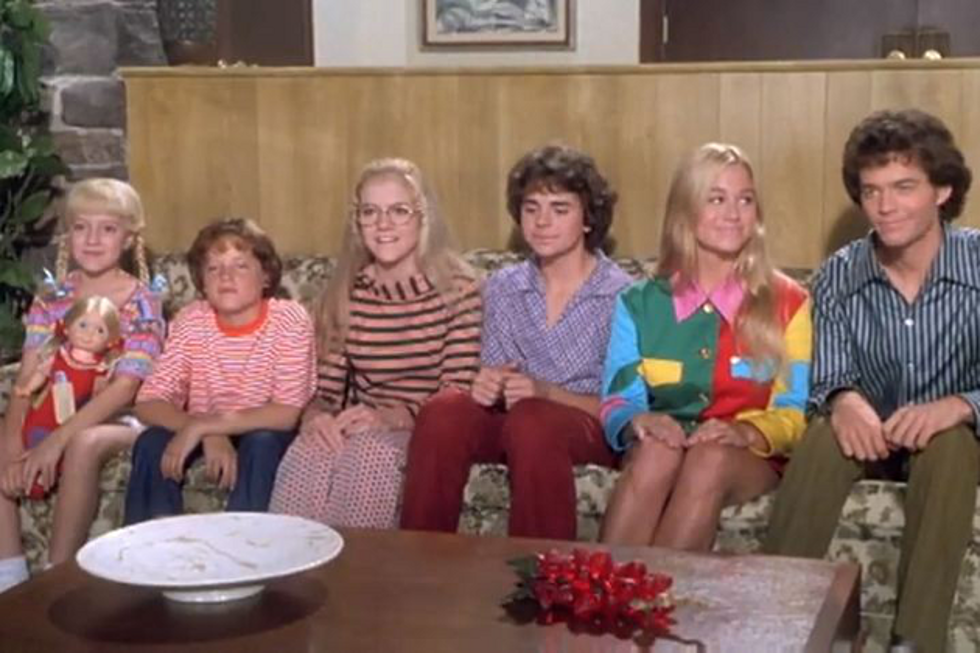 See the Kids From 'The Brady Bunch Movie' Then and Now