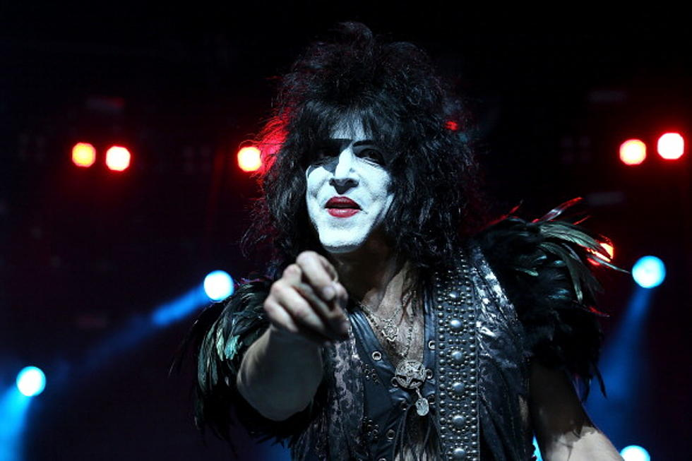 Paul Stanley Of KISS Reads His Reddit AMA Answers For Us [Video]
