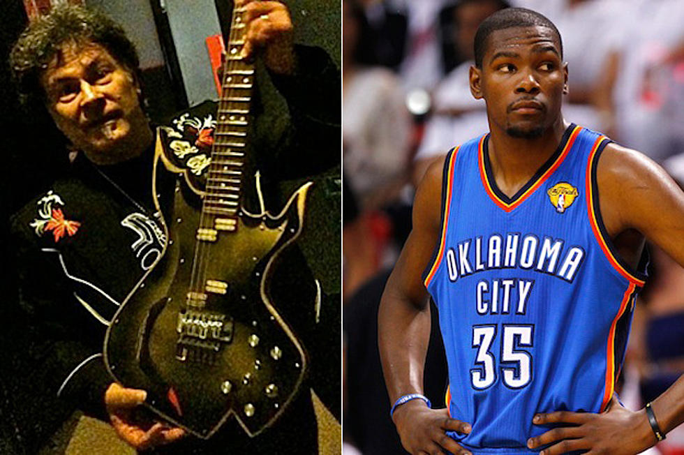 ad8687746fb9 Rock Guitarist Mark Durante Sues NBA Player Kevin Durant Over  Durantula   Nickname