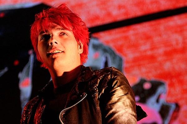 Mcr S Gerard Way Prepares Hesitant Alien Solo Album