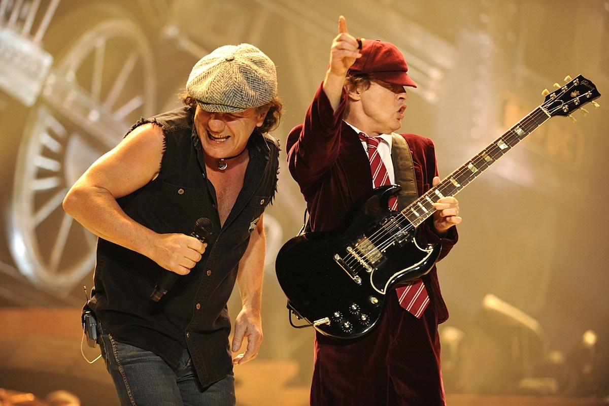 Report: AC/DC to Announce World Tour With Brian Johnson Next Week