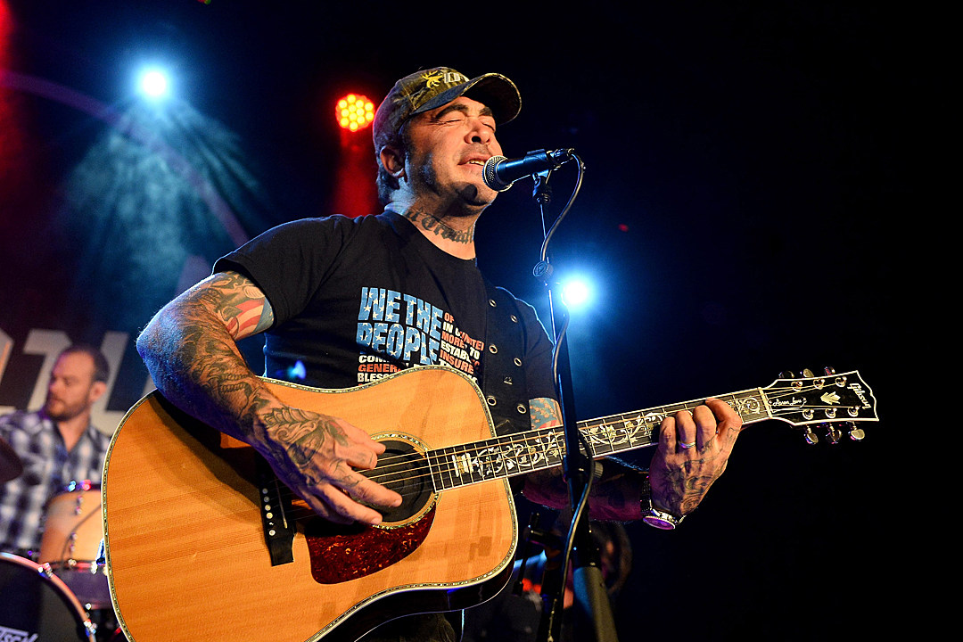 Aaron Lewis Tour 2020.Staind Announce Another 2019 Reunion Show