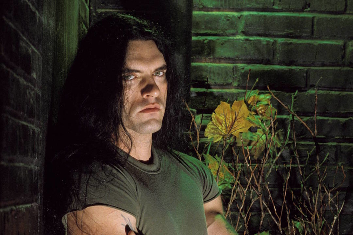 9 Years Ago: Type O Negative Frontman Peter Steele Dies