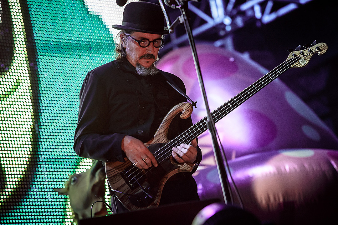 10 Stupidly Fast Bassists in Rock + Metal
