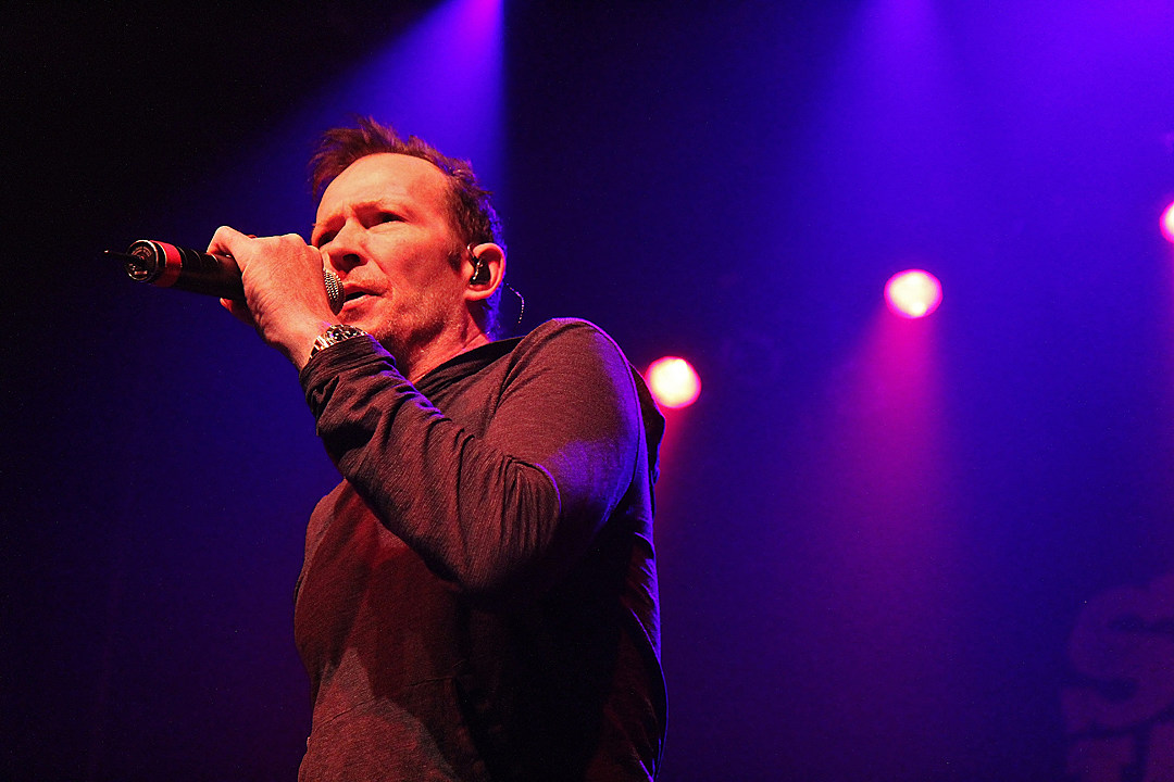 f28aec7f90ab Police Called for 'Possible Overdose' in Scott Weiland Death