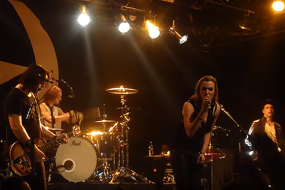 Halestorm Perform Stone Temple Pilots Hit 'Interstate Love Song' in New  Zealand