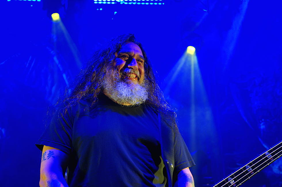 a1f3e8a9c1708 Fan Kicked Out of Slayer Show Tries to Swim Back Into Venue