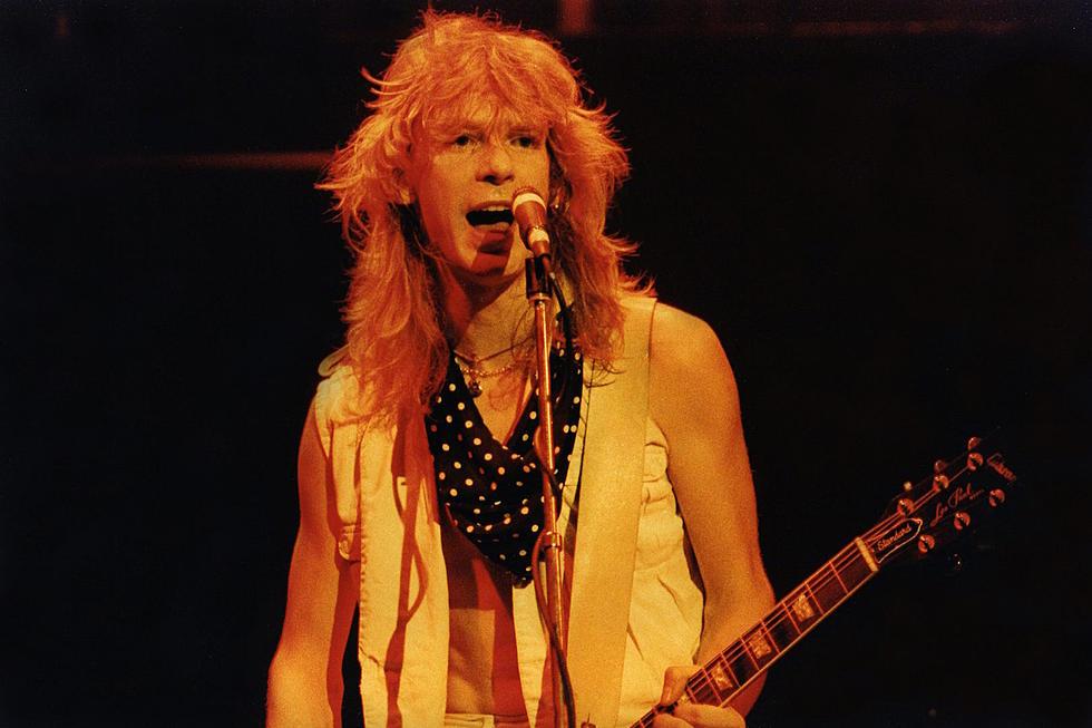 28 Years Ago: Def Leppard Guitarist Steve Clark Dies