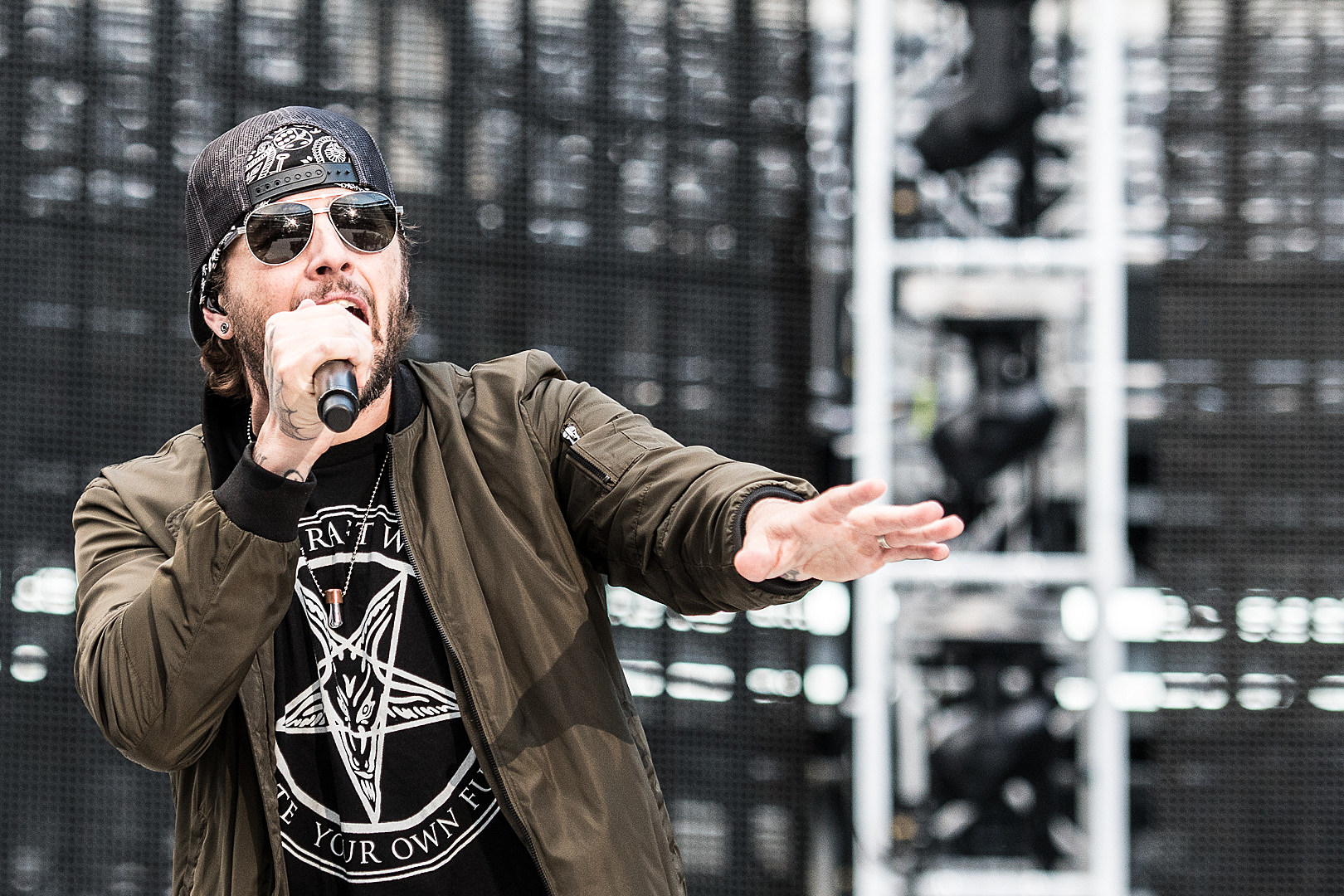 Avenged Sevenfold's M  Shadows Plays Wikipedia: Fact or Fiction?