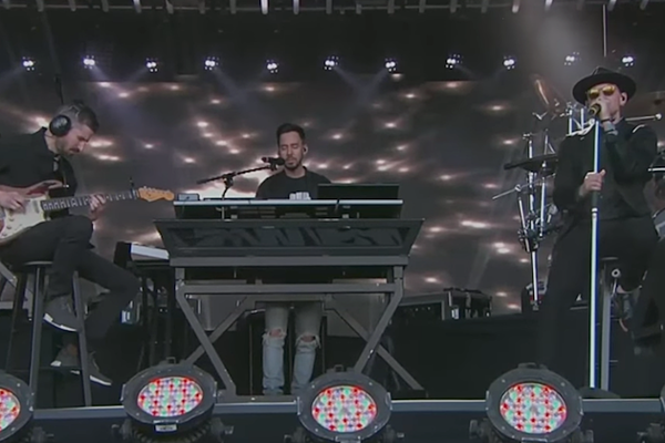 Linkin Park Dedicate Kimmel Performance To Chris Cornell