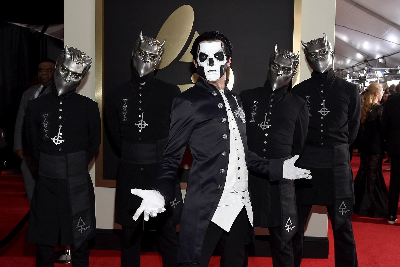 Cleaver In HEAD Headband FANCY DRESS Zombie Ghoul Ghost Halloween Accessory