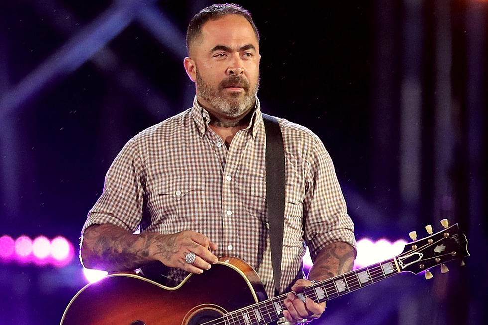 The 49-year old son of father (?) and mother(?) Aaron Lewis in 2021 photo. Aaron Lewis earned a  million dollar salary - leaving the net worth at  million in 2021